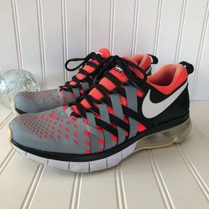 Nike Fingertrap Max grey orange